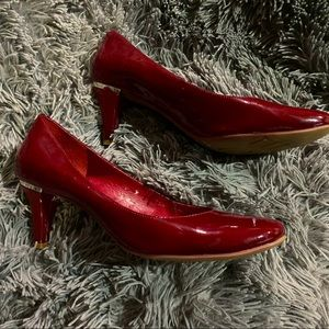 BCBGeneration Red Close Toed Heels